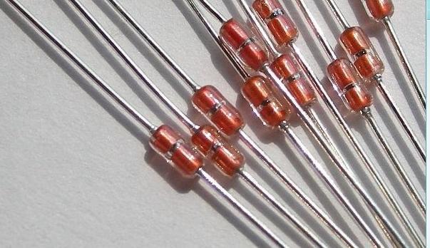 热敏电阻的特点是什么 它的工作原理是什么