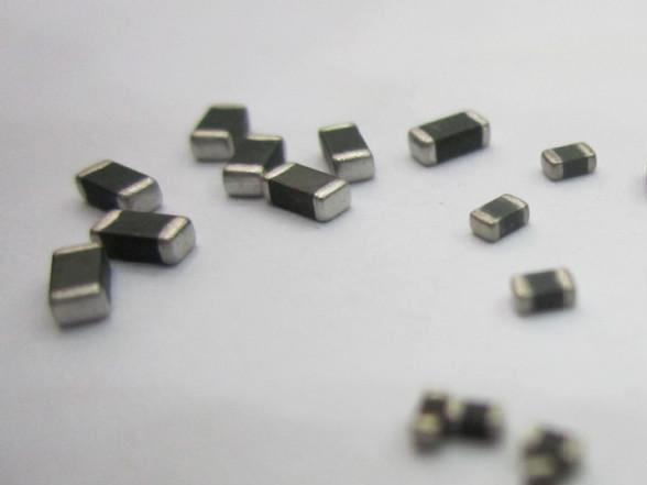 什么是贴片电阻 碳膜贴片电阻有哪些优点